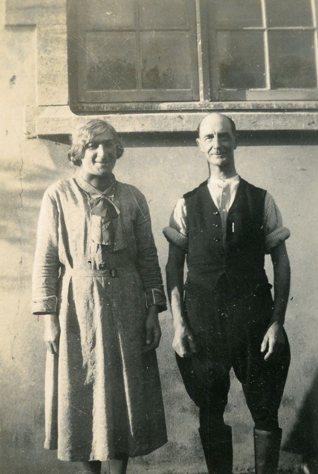 Fig. 9 – Fred Humphris, Mrs. Portman's chauffeur with wife Bessie c.1945.